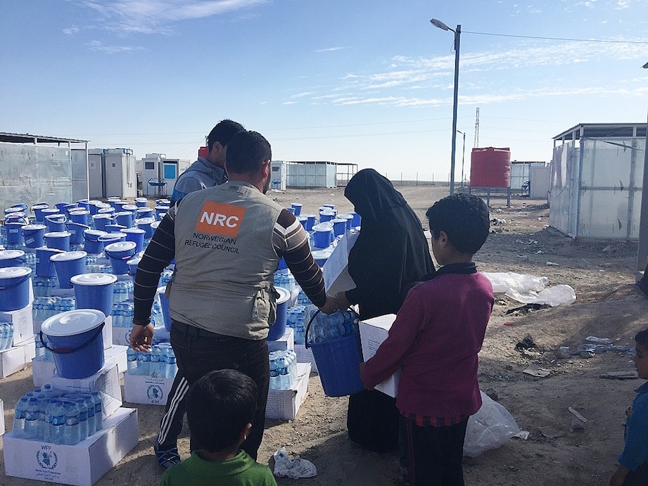 Nrc is present in anbar delivering clean water, food parcels, hygiene kits, blankets, mattresses and heaters to new arrivals. photo  nrc iraq