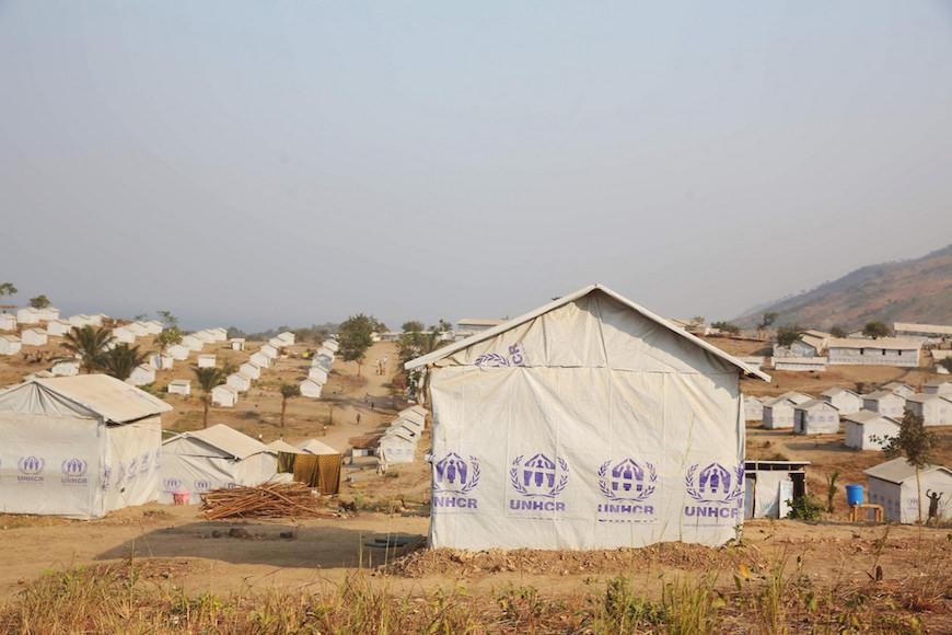 Unhcr refugee hut